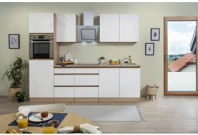Greeploos en hoogglans keuken compleet met apparatuur in eiken