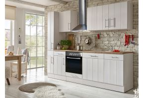 Landelijke keuken wit met houten details van Meister